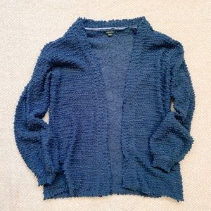 Wild Fable Popcorn Cardigan. Size small.